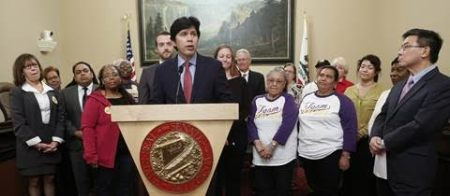 Sen. De Leon at Secure Choice news conference last week